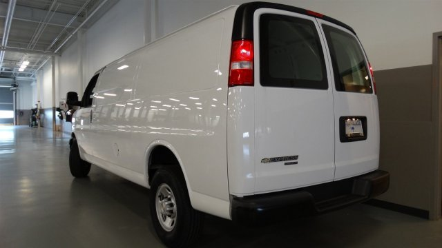 2017 Express 2500, Cargo Van #M170192 - photo 4