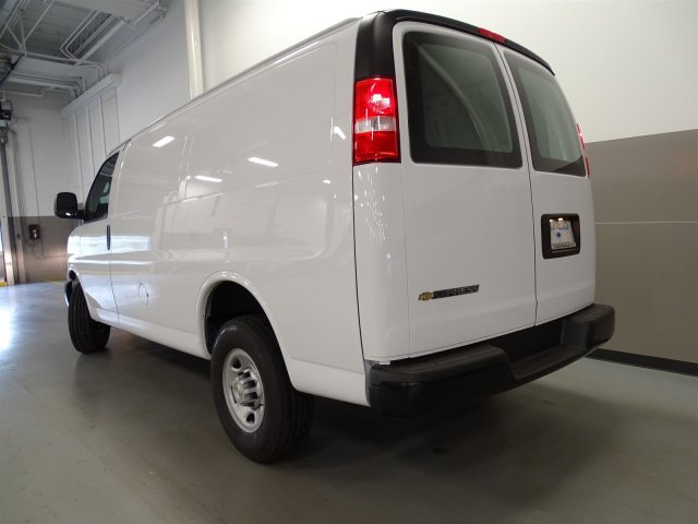 2017 Express 2500, Cargo Van #M170241 - photo 4