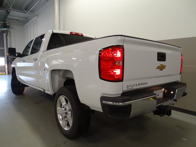 2017 Silverado 2500 Crew Cab, Pickup #M170449 - photo 2