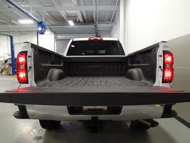 2017 Silverado 2500 Crew Cab, Pickup #M170449 - photo 6