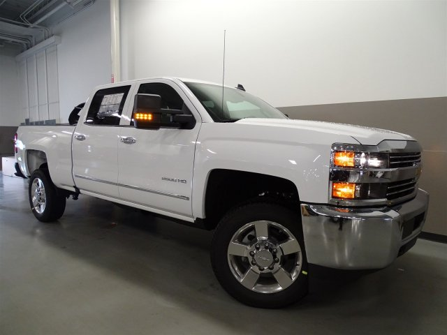 2017 Silverado 2500 Crew Cab, Pickup #M170449 - photo 9