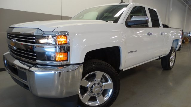 2017 Silverado 2500 Double Cab 4x4, Pickup #M170630 - photo 10