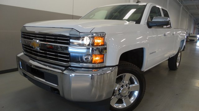 2017 Silverado 2500 Double Cab 4x4, Pickup #M170630 - photo 3