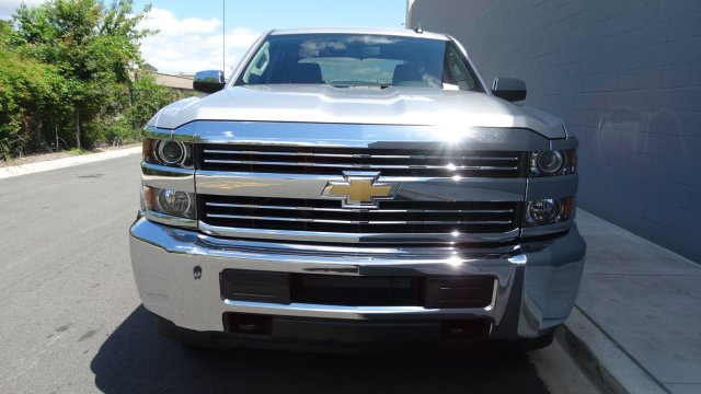 2017 Silverado 2500 Crew Cab, Pickup #M170668 - photo 4