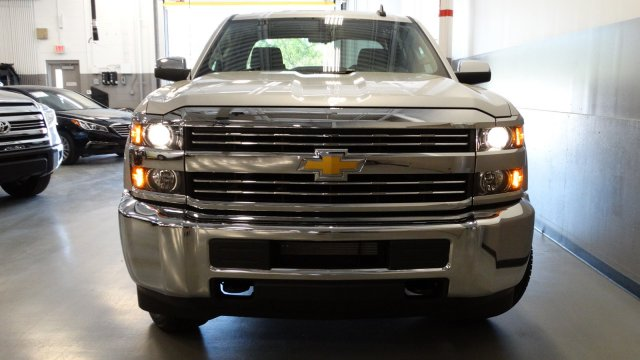 2017 Silverado 2500 Crew Cab, Pickup #M170674 - photo 5
