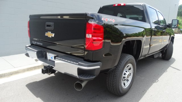 2017 Silverado 2500 Crew Cab 4x4, Pickup #M170868 - photo 2