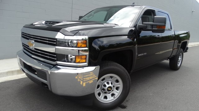 2017 Silverado 2500 Crew Cab 4x4, Pickup #M170868 - photo 11