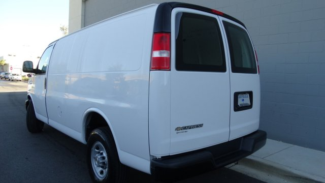 2017 Express 2500 Cargo Van #M171020 - photo 7