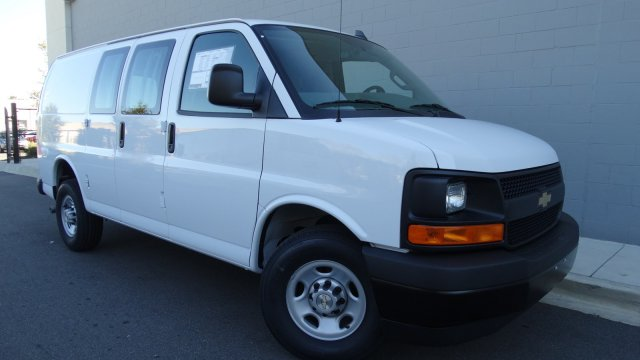 2017 Express 2500 Cargo Van #M171022 - photo 11