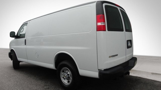 2017 Express 2500, Cargo Van #M171032 - photo 9