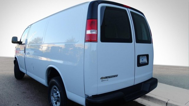 2017 Express 2500, Cargo Van #M171037 - photo 6