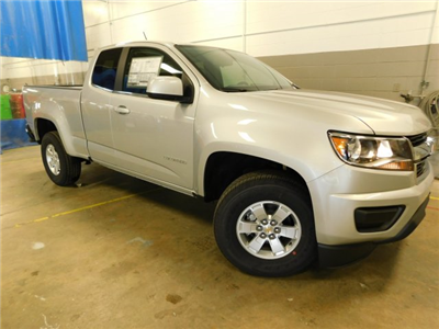 2018 Colorado Extended Cab, Pickup #M180366 - photo 11