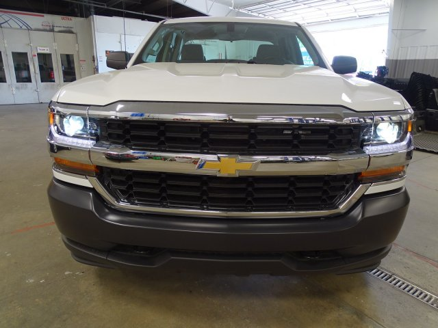 2018 Silverado 1500 Double Cab 4x4, Pickup #M180471 - photo 3