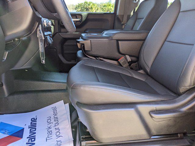2020 GMC Sierra 1500 Crew Cab 4x2, Pickup #P17587 - photo 17