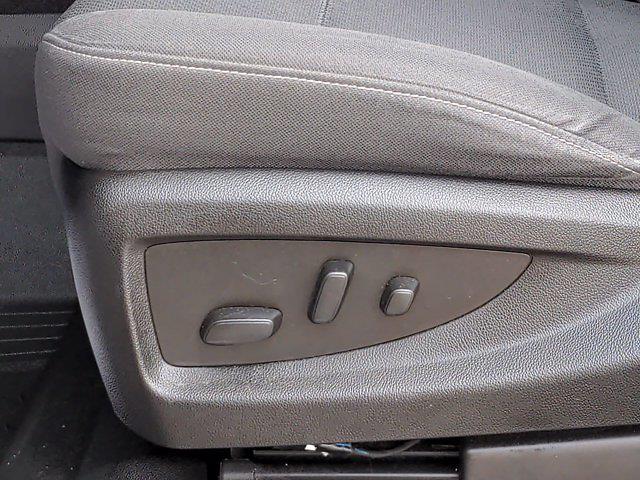 2018 Chevrolet Silverado 1500 Crew Cab 4x4, Pickup #PS32665 - photo 17