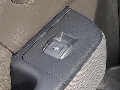 2018 Chevrolet Silverado 1500 Crew Cab 4x4, Pickup #PS32665 - photo 29