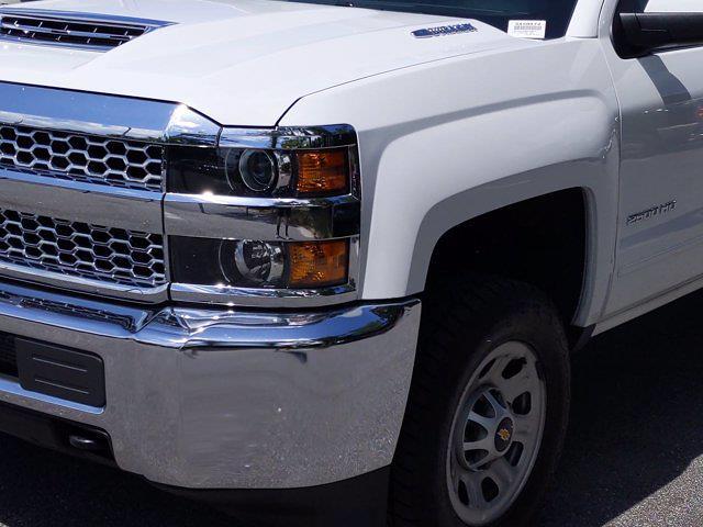 2019 Chevrolet Silverado 2500 Crew Cab 4x4, Pickup #SA58872 - photo 18