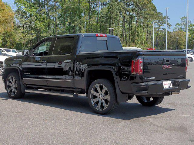 2017 GMC Sierra 1500 Crew Cab 4x4, Pickup #SA70493 - photo 6