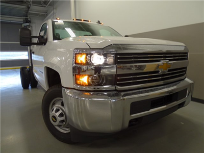 2016 Silverado 3500 Regular Cab, Cab Chassis #T16429 - photo 3