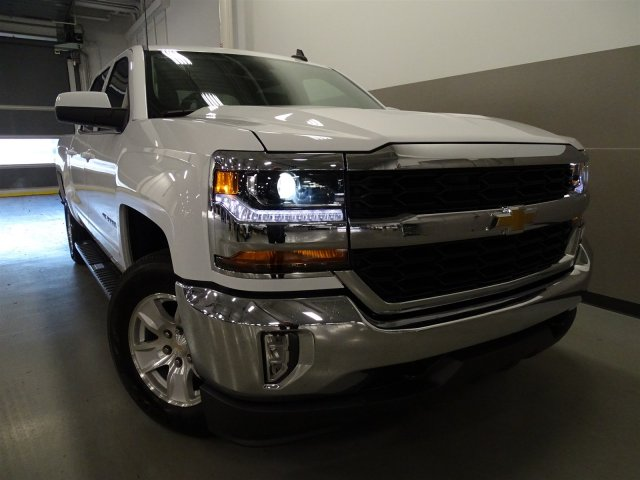 2017 Silverado 1500 Crew Cab, Pickup #T17019 - photo 3
