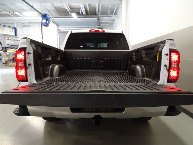 2017 Silverado 1500 Crew Cab, Pickup #T17027 - photo 6