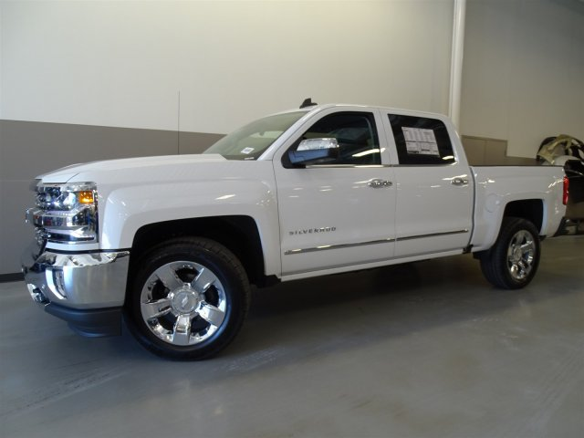 2017 Silverado 1500 Crew Cab, Pickup #T17047 - photo 8