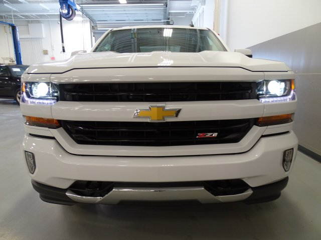 2017 Silverado 1500 Crew Cab 4x4, Pickup #T17063 - photo 4