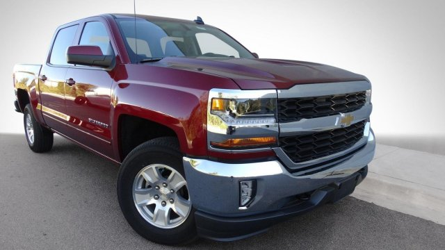 2017 Silverado 1500 Crew Cab 4x4, Pickup #T17247 - photo 3