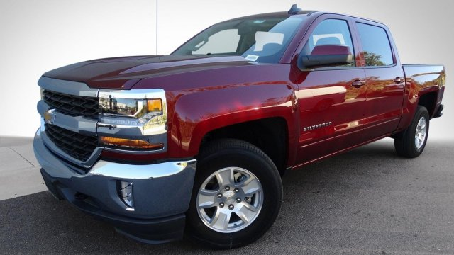 2017 Silverado 1500 Crew Cab 4x4, Pickup #T17247 - photo 10