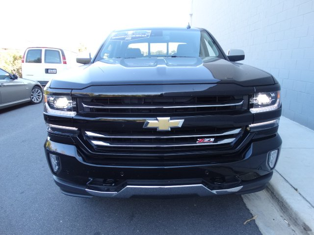 2017 Silverado 1500 Crew Cab 4x4 Pickup #T17267 - photo 4