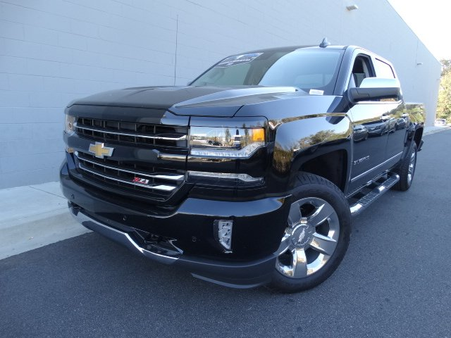 2017 Silverado 1500 Crew Cab 4x4 Pickup #T17267 - photo 5