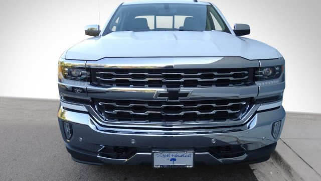 2017 Silverado 1500 Crew Cab 4x4, Pickup #T17318 - photo 4