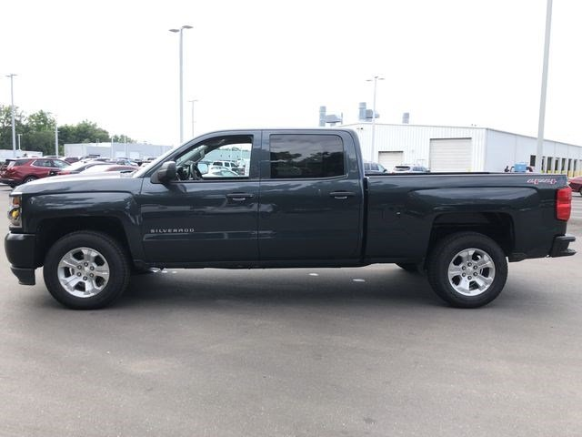 2017 Silverado 1500 Crew Cab 4x4,  Pickup #T17322 - photo 6
