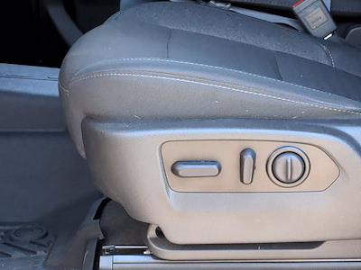 2020 Chevrolet Silverado 1500 Crew Cab 4x4, Pickup #X65866 - photo 17