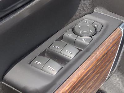2020 Chevrolet Silverado 1500 Crew Cab 4x4, Pickup #X75328 - photo 15