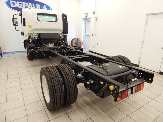 2017 Low Cab Forward Regular Cab Cab Chassis #T14073 - photo 2
