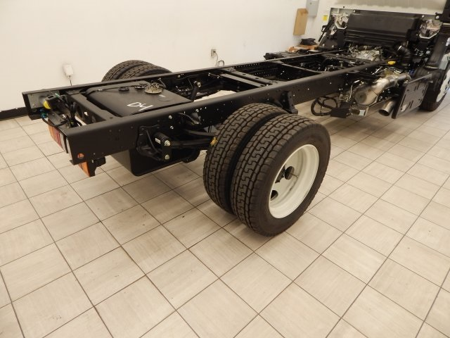 2017 Low Cab Forward Regular Cab Cab Chassis #T14073 - photo 12