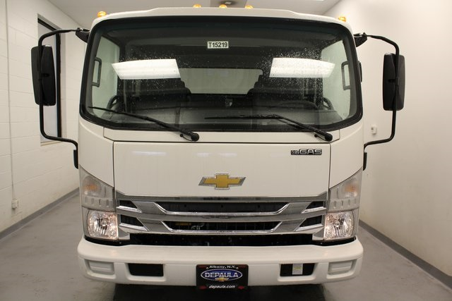 2016 Low Cab Forward Crew Cab, Cab Chassis #T15219 - photo 5