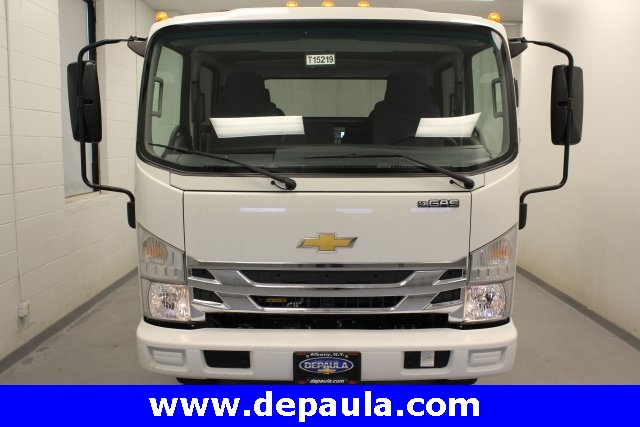 2016 Low Cab Forward Crew Cab, Cab Chassis #T15219 - photo 4