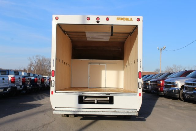 2017 Express 3500, Cutaway Van #T15373 - photo 12