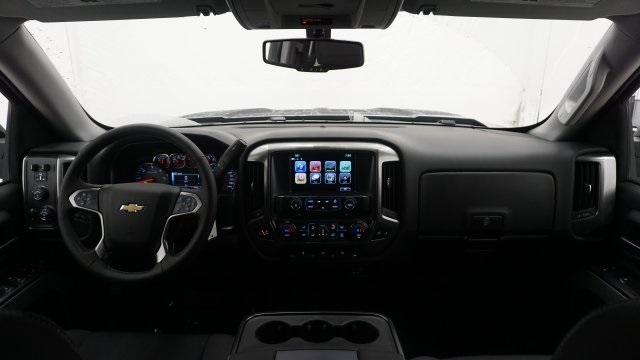 2018 Silverado 1500 Crew Cab 4x4 Pickup #T16667 - photo 16
