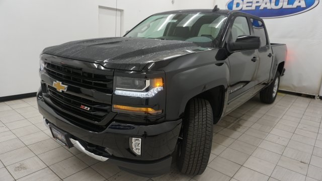 2018 Silverado 1500 Crew Cab 4x4 Pickup #T16667 - photo 1