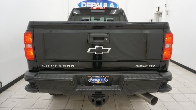 2018 Silverado 2500 Crew Cab 4x4 Pickup #T16720 - photo 9