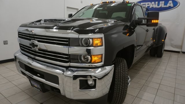 2018 Silverado 3500 Crew Cab 4x4 Pickup #T16778 - photo 1