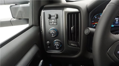 2018 Silverado 2500 Extended Cab 4x4 Pickup #T16801 - photo 17