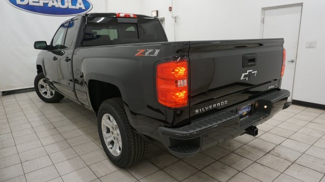 2018 Silverado 1500 Double Cab 4x4, Pickup #T16934 - photo 3