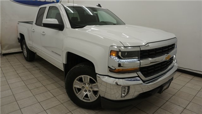 2018 Silverado 1500 Extended Cab 4x4 Pickup #T16996 - photo 3