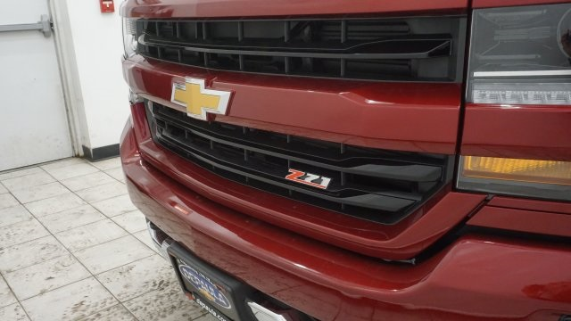 2018 Silverado 1500 Extended Cab 4x4 Pickup #T17106 - photo 35