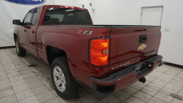 2018 Silverado 1500 Extended Cab 4x4 Pickup #T17106 - photo 2