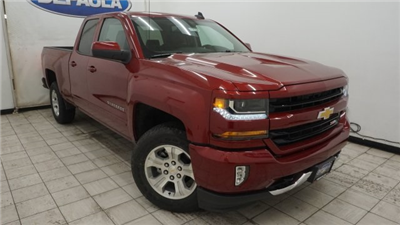 2018 Silverado 1500 Extended Cab 4x4 Pickup #T17106 - photo 3
